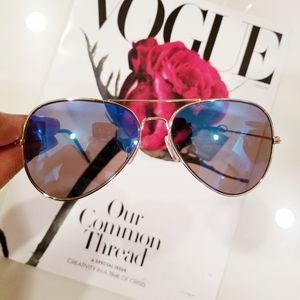 Men's Blue Aviator Sunglasses by VogueAffordably